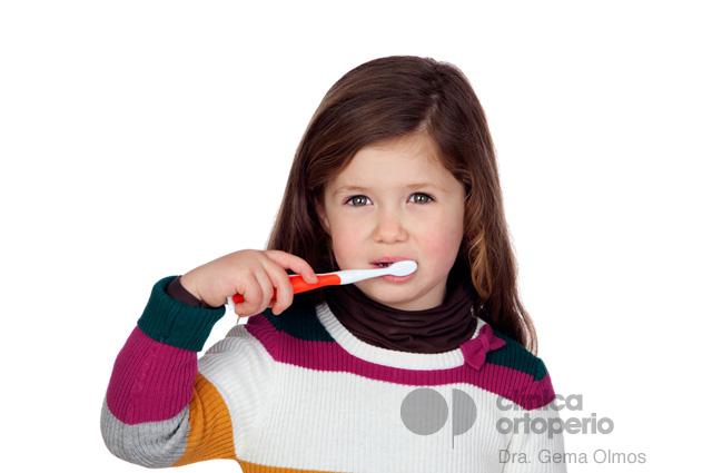 ¿Ayuda el flúor a prevenir las caries? ¿Tiene algún efecto adverso? 1